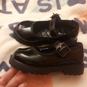 Baby Gap patent leather Mary janes